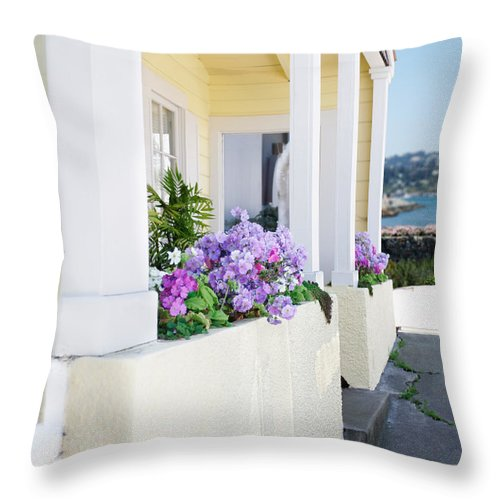 Cottage Throw Pillow featuring the photograph Cottage By The Sea by Jo Ann Snover