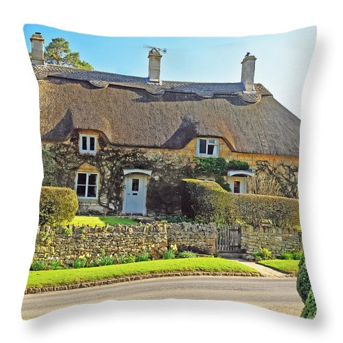 Travel Throw Pillow featuring the photograph Cottage Of The Cotswolds by Elvis Vaughn
