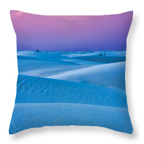 Sand Dunes Throw Pillow featuring the photograph Cotton Candy by Tom Weisbrook