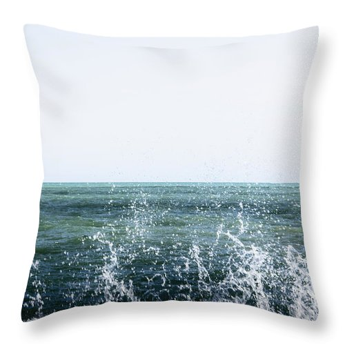 Water Throw Pillow featuring the photograph Crashing by Margie Hurwich