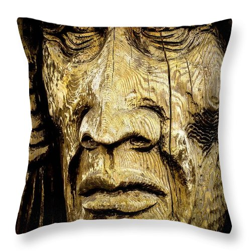 Totem Pole Throw Pillow featuring the photograph Crying Feathers by G A Fuller Photography
