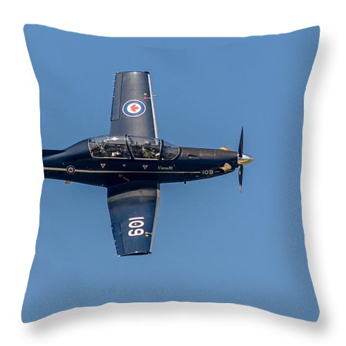 2014 Throw Pillow featuring the photograph Ct-156 Harvard II by Randy Scherkenbach