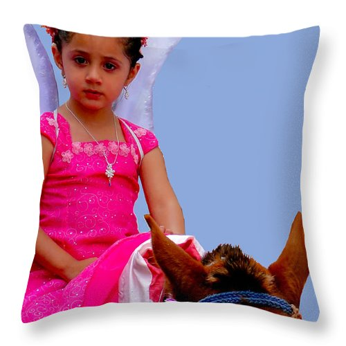 Girl Throw Pillow featuring the photograph Cuenca Kids 238 by Al Bourassa