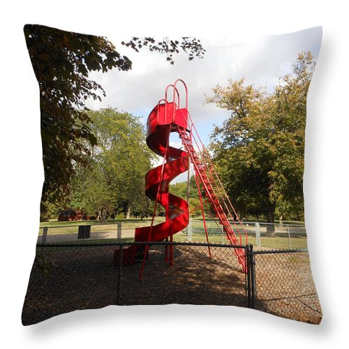 Curly Slide Throw Pillow featuring the photograph Curly Q In Autumn Sun by Fred Wilson