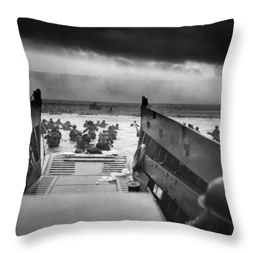 D Day Throw Pillow featuring the photograph D-day Landing by War Is Hell Store