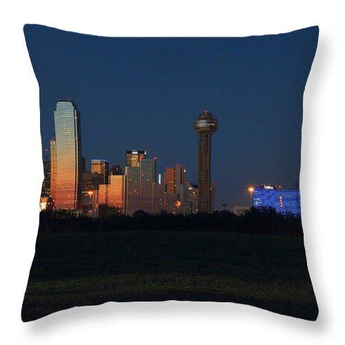 Dallas Texas Throw Pillow featuring the photograph Dallas Sunset by Jonathan Davison