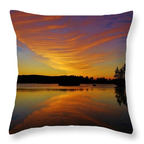 New York Landscapes Throw Pillow featuring the photograph Dawn At Lake Tiorati by Thomas McGuire