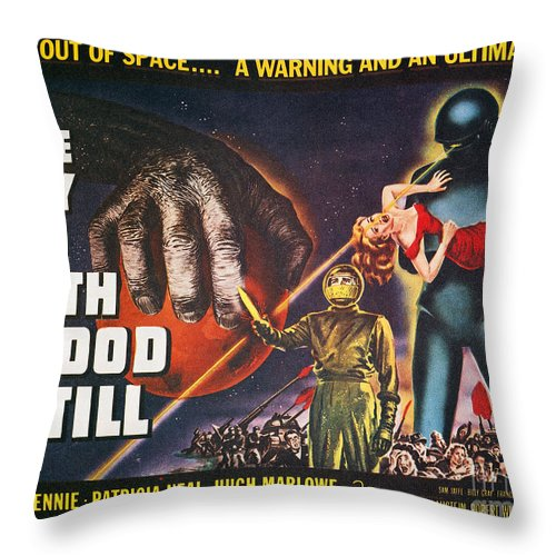 1951 Throw Pillow featuring the photograph Day The Earth Stood Still by Granger