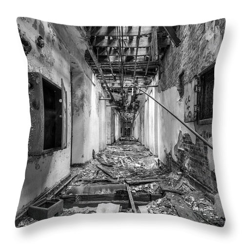 Abandoned Building Throw Pillow featuring the photograph Deadly Corridor - Abandoned Asylum Building by Gary Heller