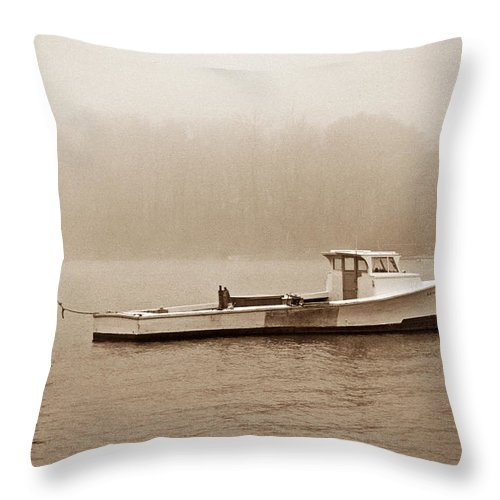 Maritime Throw Pillow featuring the photograph Deadrise Waiting by Skip Willits