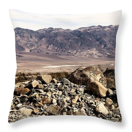 Throw Pillow featuring the photograph Death Valley #6 by G Berry
