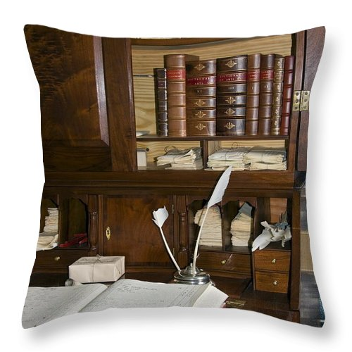 Colonial Desk Throw Pillow featuring the photograph Desk With Quill Pens by Sally Weigand