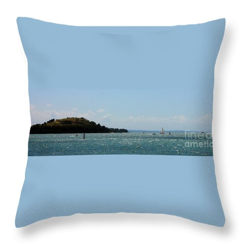 Hauraki Gulf Throw Pillow featuring the photograph Devonport Sails by Gee Lyon