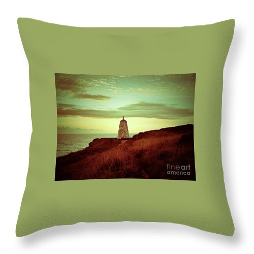 Cornwall Throw Pillow featuring the photograph Distant Direction by Lisa Byrne