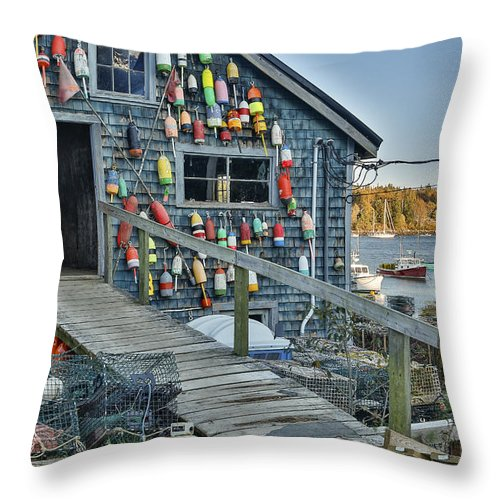 Horzontal Throw Pillow featuring the photograph Dock House In Maine by Jon Glaser