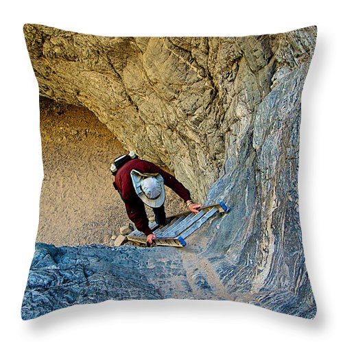 Down The Ladder In Big Painted Canyon Trail In Mecca Hills Throw Pillow featuring the photograph Down The Ladder In Big Painted Canyon Trail In Mecca Hills-ca by Ruth Hager