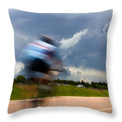 Bicycle Throw Pillow featuring the photograph Elephant Rock Century Ride by Steve Krull