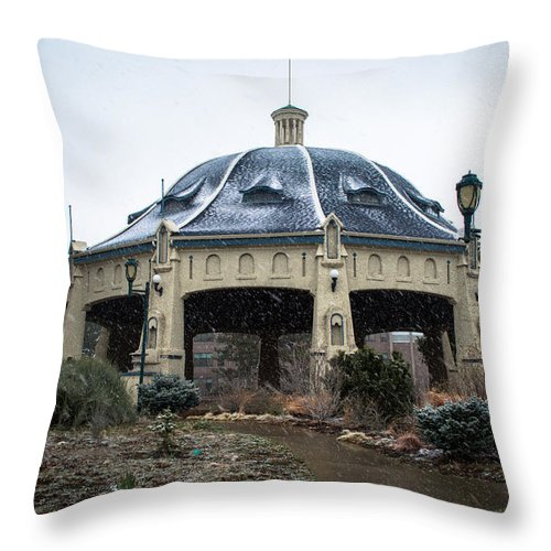Winter Throw Pillow featuring the photograph Elitch Carousel Pavilion by Debra Powell