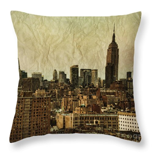New Throw Pillow featuring the photograph Empire Stories by Andrew Paranavitana