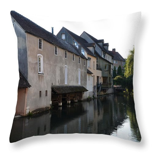 Chartres Throw Pillow featuring the photograph Eure River And Old Fulling Mills In Chartres by RicardMN Photography