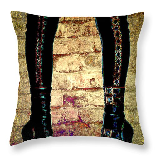 Photography Throw Pillow featuring the photograph Face Off by Paula Ayers