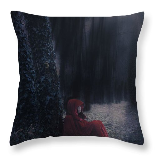 Woman Throw Pillow featuring the photograph Fairy Tale by Joana Kruse