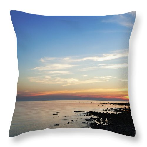 Lake Throw Pillow featuring the photograph Falling Light by Scott Wood