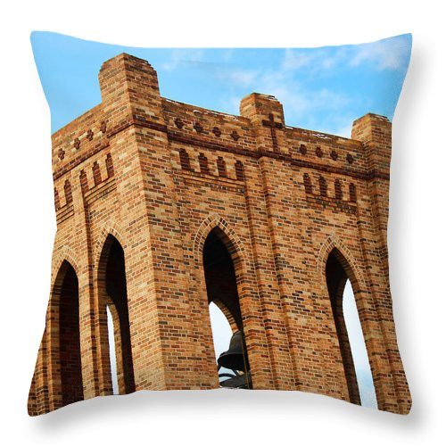 First Christian Church Throw Pillow featuring the photograph First Christian Church by Sylvia Thornton