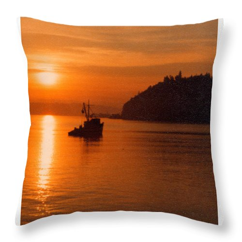 Purse Seiners Throw Pillow featuring the photograph Sunset At Dash Point by Jack Pumphrey