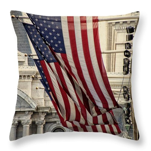 American Flags Throw Pillow featuring the photograph Flags Blowing by Alice Gipson