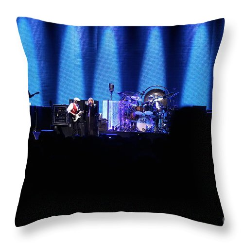 Stevie Nicks Throw Pillow featuring the photograph Fleetwood Mac Reunited Band by Concert Photos