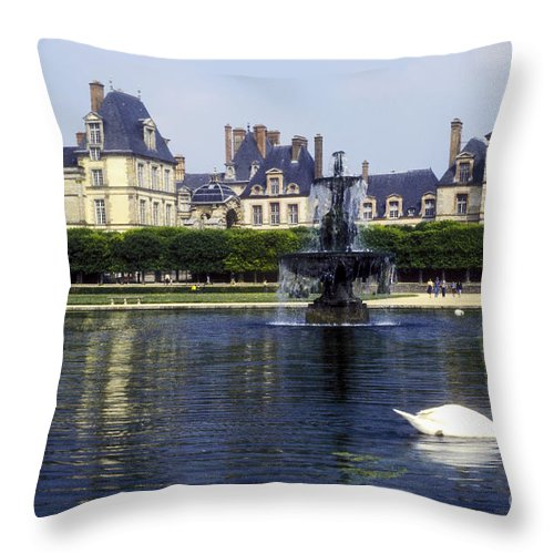 Fontainebleau France Pond Ponds Water Fountain Fountains Swan Swans Chateau Chateaus Building Buildings Structure Structures Architecture Waterscape Waterscapes Landscape Landscapes Throw Pillow featuring the photograph Fontainebleau by Bob Phillips