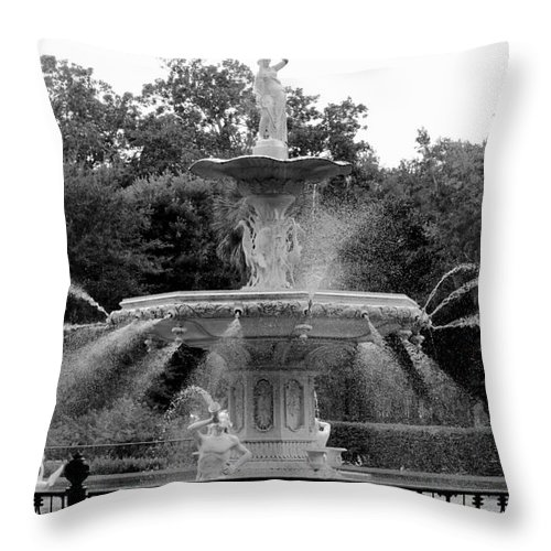 Savannah Throw Pillow featuring the photograph Forsyth Park Fountain - Black And White 2x3 by Carol Groenen