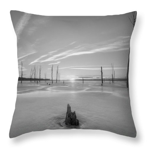 Frost Bite Throw Pillow featuring the photograph Frozen Sunrise V2 Bw by Michael Ver Sprill
