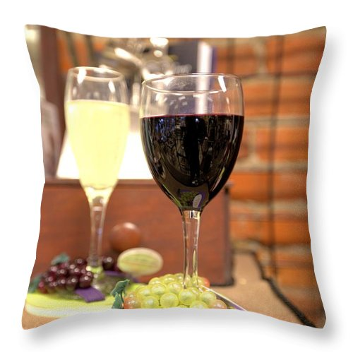 5622 Throw Pillow featuring the photograph Full Glasses by Gordon Elwell