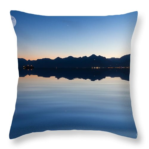 Dawn Throw Pillow featuring the photograph Full Moon by Bahadir Yeniceri