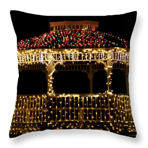 Scenic Tours Throw Pillow featuring the photograph Gazebo Christmas by Skip Willits