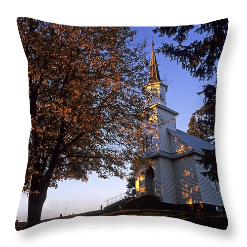 Usa Throw Pillow featuring the photograph Genesee Church by Doug Davidson