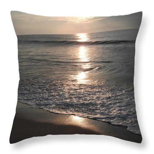 Ocean Throw Pillow featuring the photograph Ocean - Gentle Morning Waves by Susan Carella