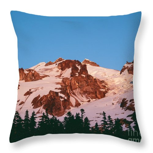 Cascade Mountains Throw Pillow featuring the photograph Glacier Peak At Kennedy Ridge by Tracy Knauer