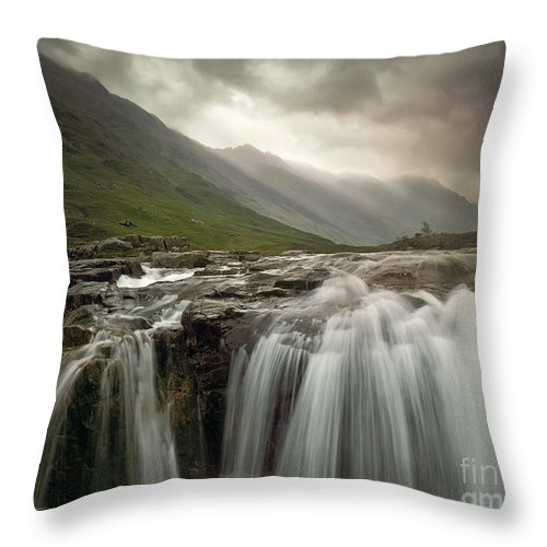 Great Britain Throw Pillow featuring the photograph Glen Coe by Edmund Nagele