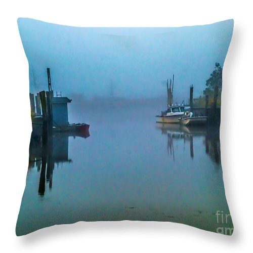 Fog Throw Pillow featuring the photograph Gloomy Morning by Nick Zelinsky
