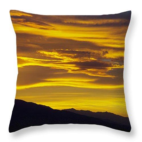 Colorado Photographs Throw Pillow featuring the photograph Golden Sunset by Gary Benson