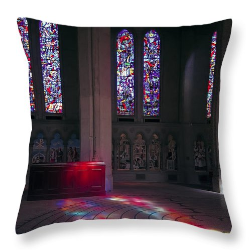 Labyrinth Throw Pillow featuring the photograph Grace Cathedral Walking Labyrinth - San Francisco by Daniel Hagerman
