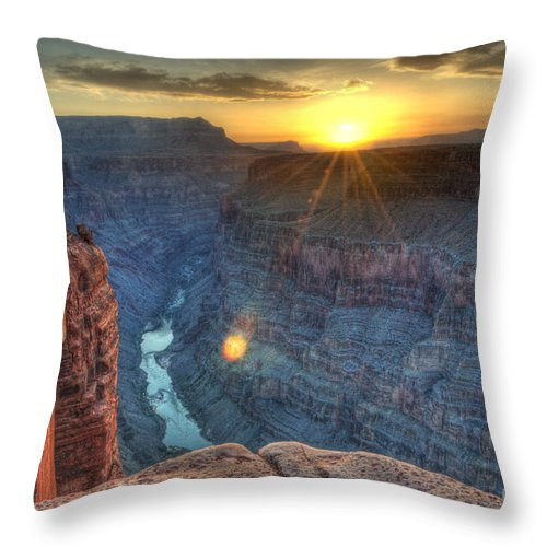 Grand Canyon Throw Pillow featuring the photograph Grand Canyon First Light by Bob Christopher