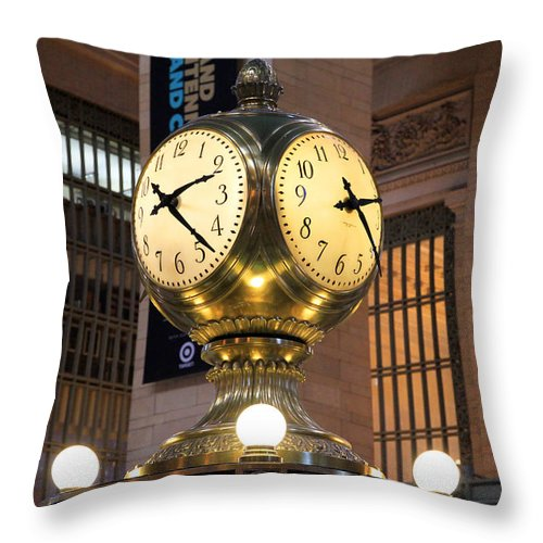 Grand Central Station Throw Pillow featuring the photograph Grand Central Station Clock by Georgia Fowler