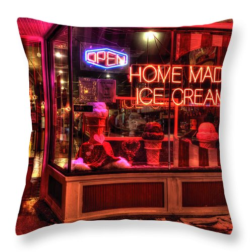 Grand Ole Creamery On Grand Avenue Throw Pillow featuring the photograph Grand Ole Creamery On Grand Avenue by Amanda Stadther