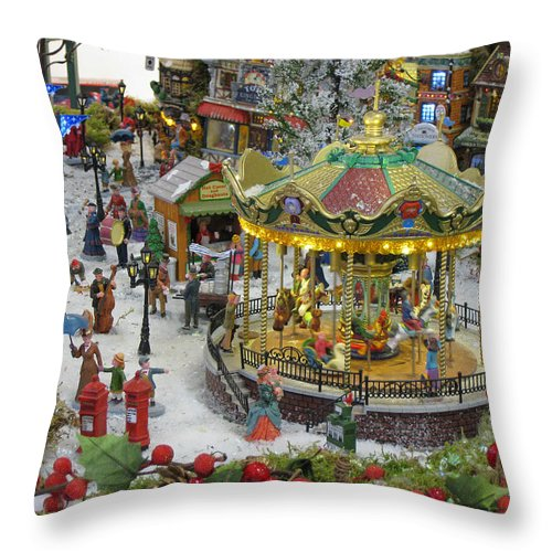 Christmas Season Throw Pillow featuring the photograph Happy Christmas -2 by Bai Qing Lyon