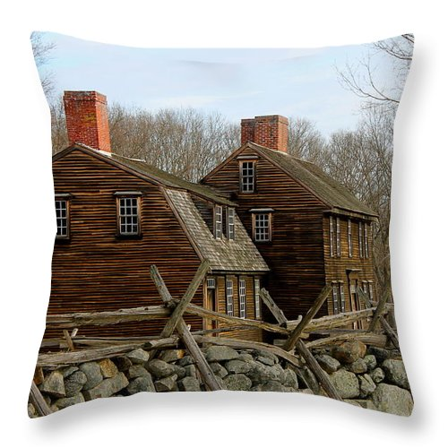 Hartwell Tavern Throw Pillow featuring the photograph Hartwell Tavern 3 by Jeff Heimlich
