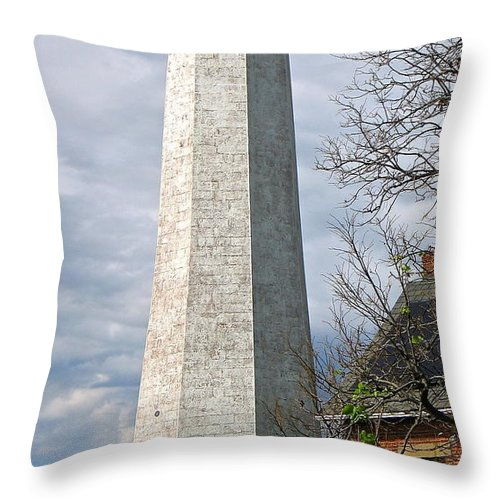 Lighthouse Throw Pillow featuring the photograph Havenly Light by Rhonda Leonard